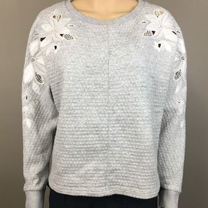 Anthro Deletta Small pullover sweater gray & white